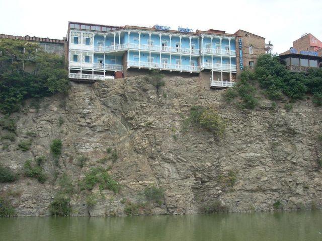 Zdjęcia: Tbilisi, Zabudowania nad Kura, GRUZJA