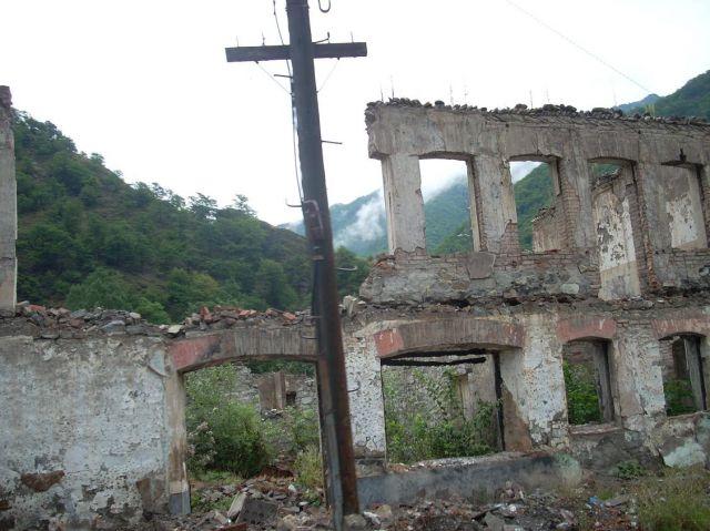 Zdjęcia: Ananuri, Gruzinska droga wojenna pozostalosci, GRUZJA