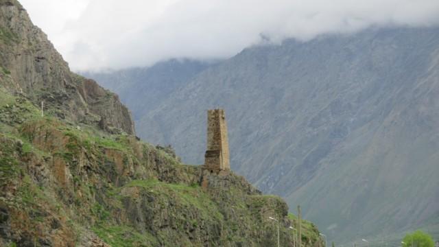 Zdjęcia: wzgórza nad wsią, Pansheti, Świadek przeszłości, GRUZJA