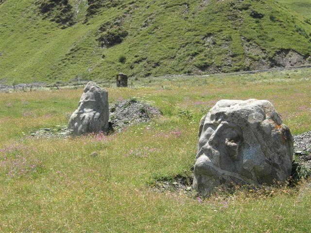 Zdj�cia: okolice Kazbegi, Kaukaz, droga do Juty, GRUZJA