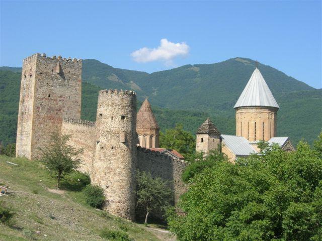 Zdjęcia: Gruzińska Droga Wojenna, Kaukaz, Twierdza Ananuri, GRUZJA