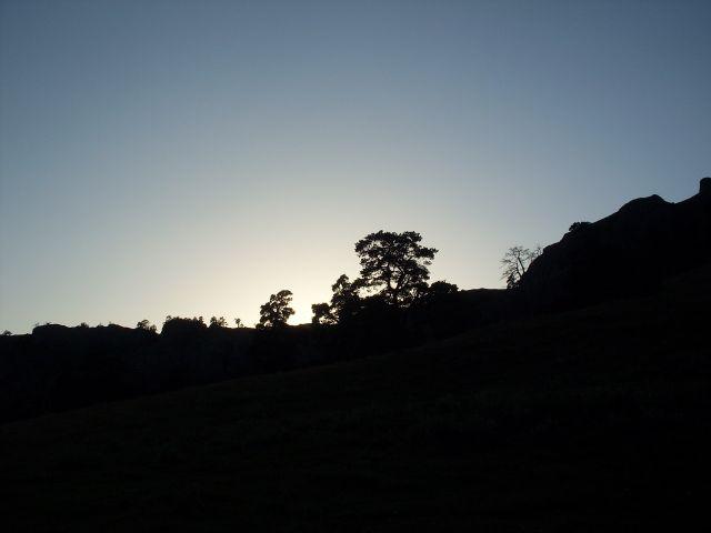 Zdjęcia: północny-zachód od Atskuri (Atskuri w połowie drogi pomiędzy Borżomi a Akhaltsikhe), Park Narodowy Borżomi-Karaguli, ... zachód bliski...., GRUZJA