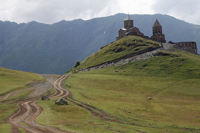 Zdjęcia: Gergati, Wojenna Droga, Cminda Sameba czyli...kościół Sw. Trójcy, GRUZJA