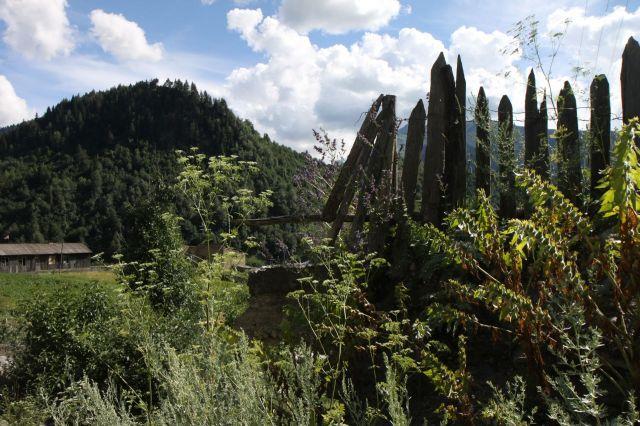 Zdjęcia: 110 km na płn od Kutaisi, Megrelia/Górna Svanetia, Mestia, GRUZJA