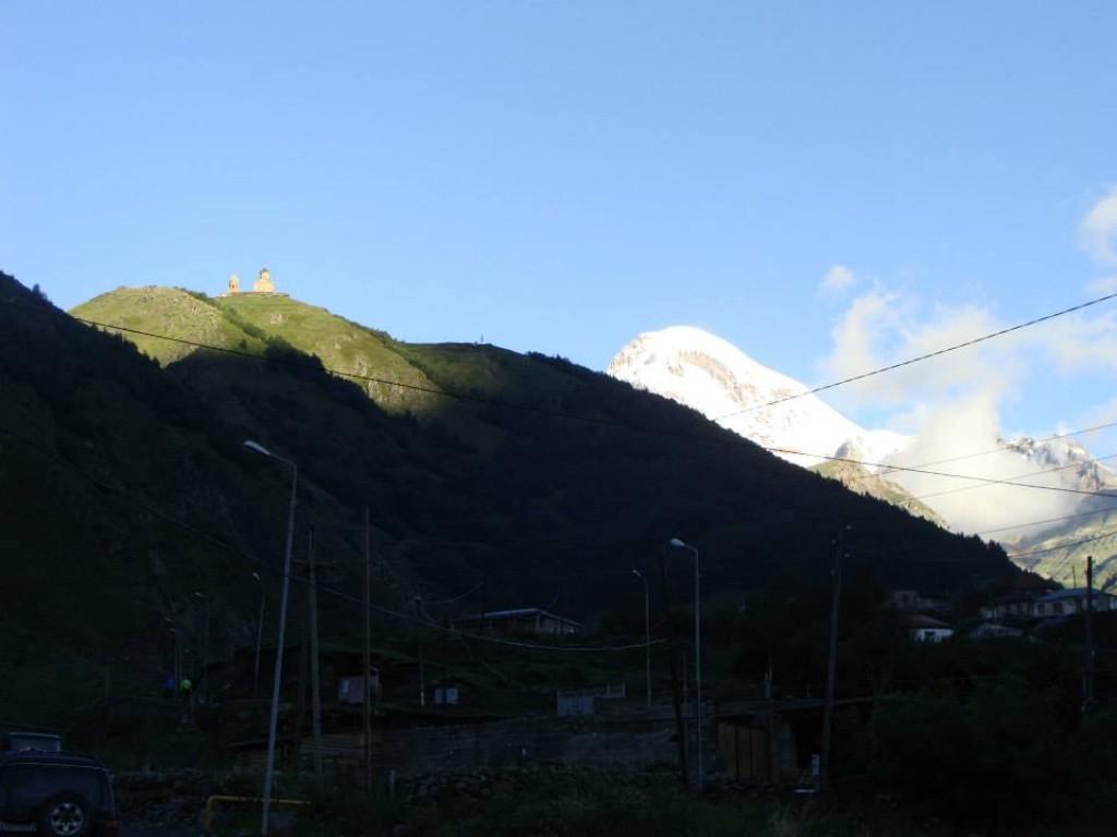 Zdjęcia: Kazbek nad ranem, GRUZJA