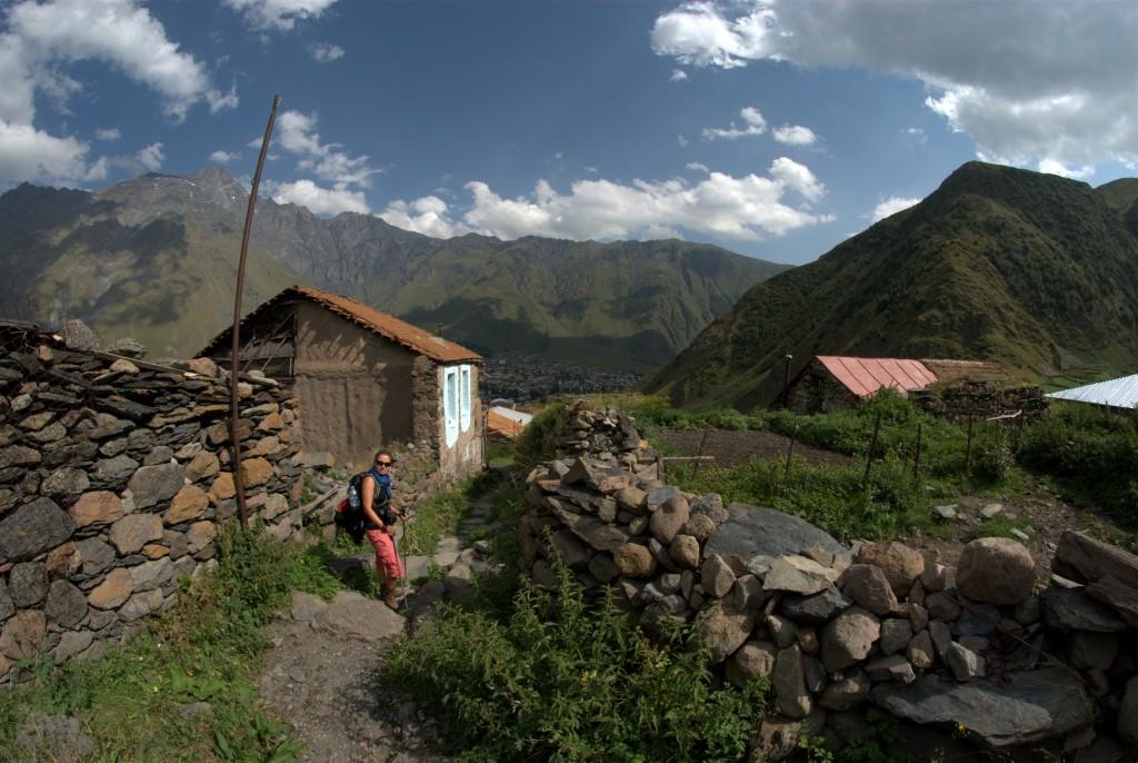 Zdjęcia: wioska Gergeti, okolice Kazbegi, kaukazkie wioski, GRUZJA