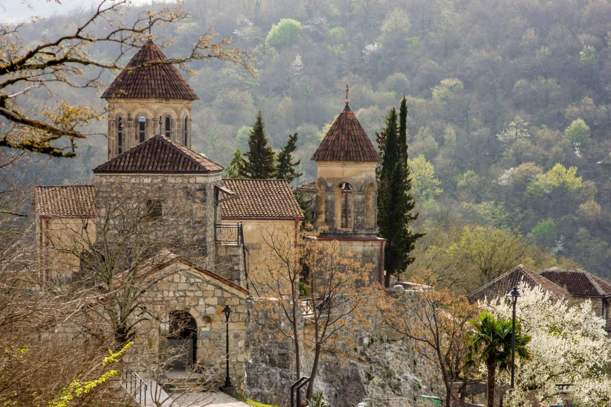 Zdjęcia: Motsameta , Imeretia, Motsameta Monastery, GRUZJA