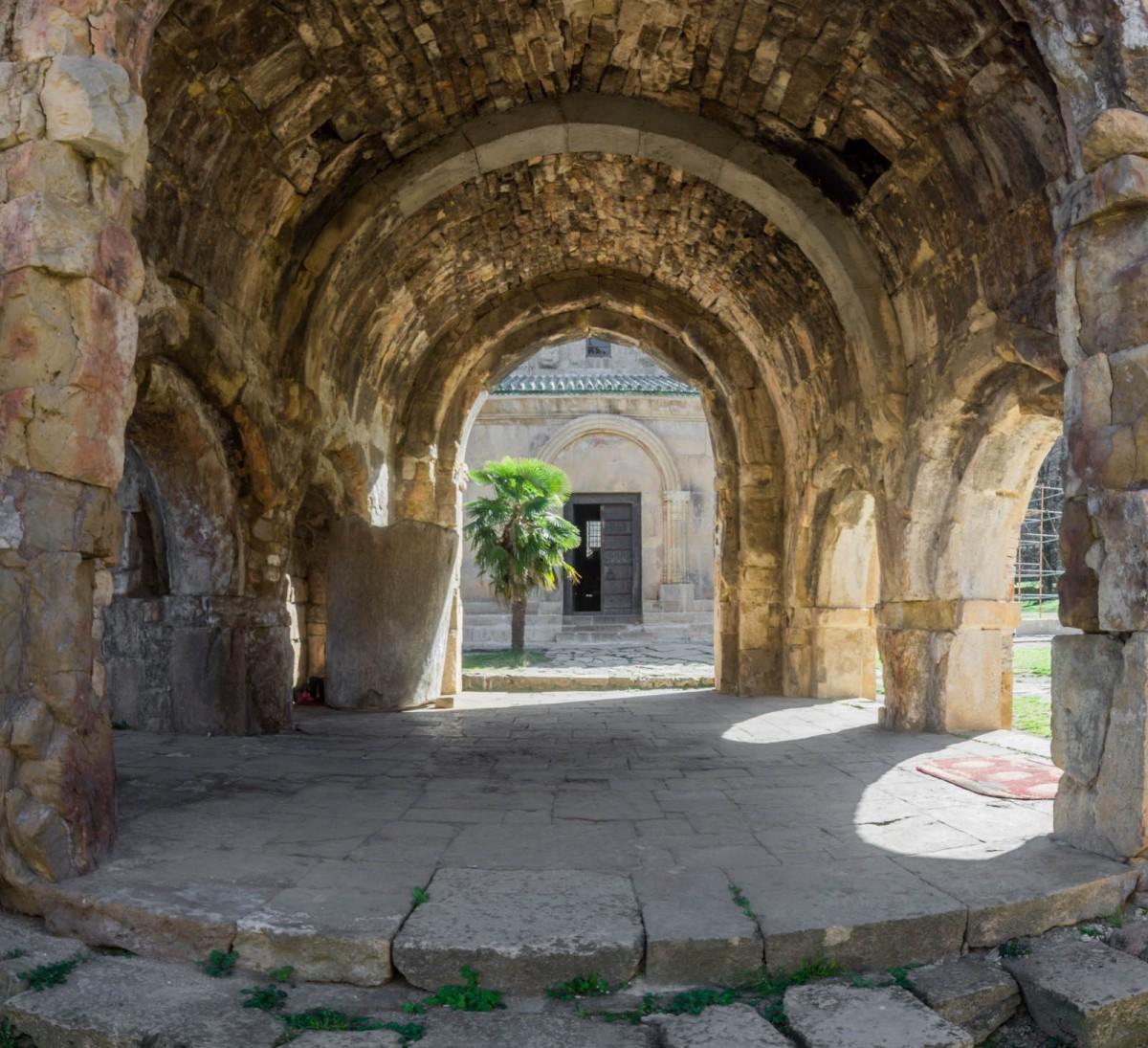 Zdjęcia: Monastyr Gelati, Imeretia, w monastyrze, GRUZJA