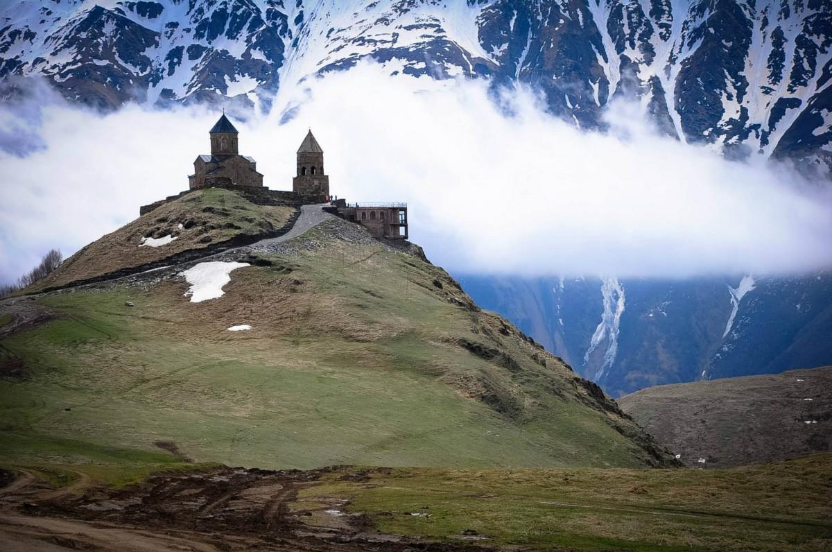 Zdjęcia: Stepancminda, Stepancminda, W chmurach, GRUZJA