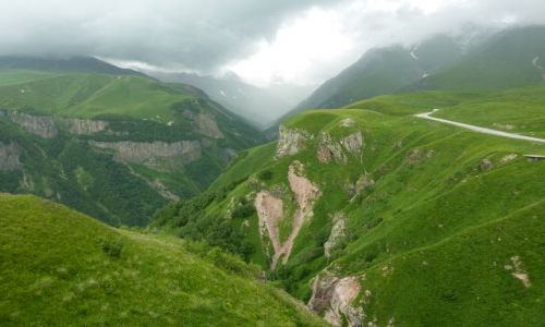 Zdjecie GRUZJA / - / Okolice Przełęczy Krzyżowej / Kaukaz Wysoki - okolice Przełęczy Krzyżowej