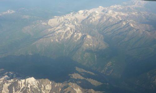 Zdjecie GRUZJA / - / Kaukaz Wysoki / Kaukaz Wysoki - widok z samolotu