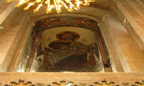 GRUZJA / okolice Tbilisi / Mccheta / katedra Sveti Cchoweli
