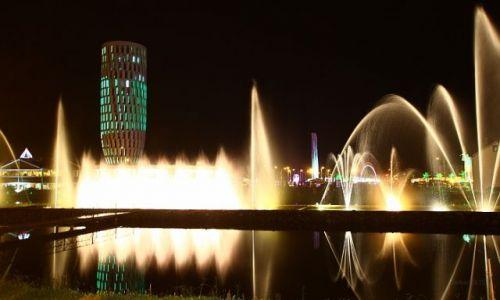 GRUZJA / Batumi / Gruzja / Nocą w Batumi