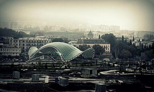 Zdjecie GRUZJA / Kwemo Kartli / Tbilisi / Widok na Most Pokoju