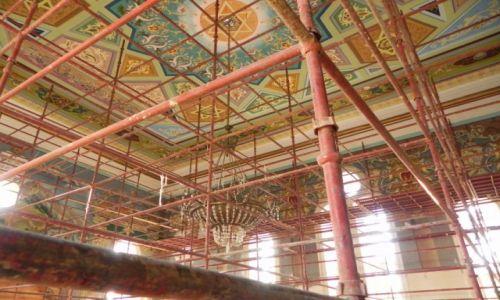 Zdjecie GRUZJA / Imeretia / Kutaisi / Wnętrze Wielkiej Synagogi w Kutaisi