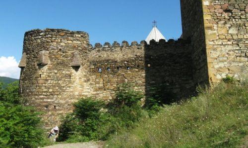 Zdjecie GRUZJA / Gruzińska Droga Wojenna / We wnętrzu fortecy / Forteca Ananuri