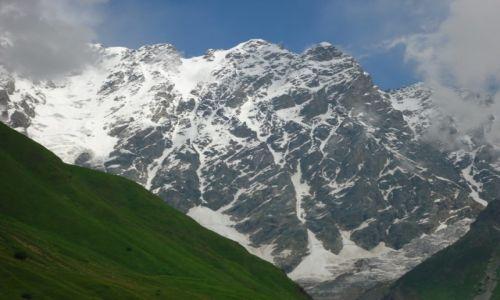 GRUZJA / Swanetia / okolice Uszguli / Potęga Kaukazu