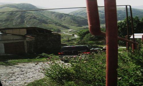 Zdjęcie GRUZJA / Chewi / Kazbegi / Autostrada gazowa