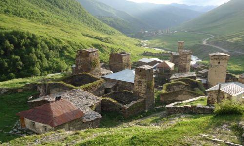 Zdjęcie GRUZJA / Swanetia / Uszguli / Panorama Chazchasi