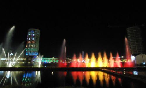 Zdjęcie GRUZJA / Adżaria / Batumi / Muzyczna fontanna