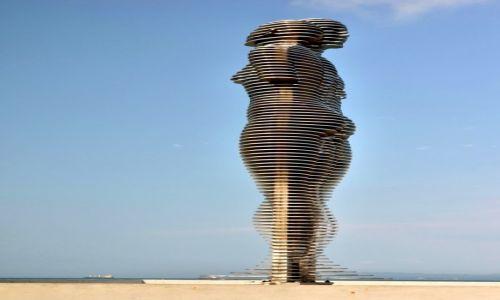 Zdjecie GRUZJA /  Adżaria / Batumi / Rzeźba Ali i Nino