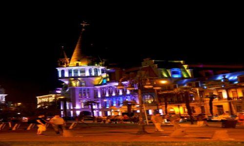 Zdjecie GRUZJA / Adżaria / Batumi / Nocne Batumi