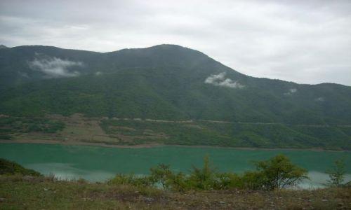 Zdjęcie GRUZJA / brak / Ananuri / Ananuri na gruzinskiej drodze wojennej