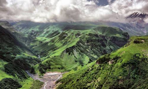 Zdjęcie GRUZJA / Mccheta-Mtianetia / Kaukaz Wielki / Gruzińska Droga Wojenna