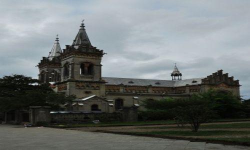 Zdjęcie GRUZJA / Batumi / Batumi / Katedra
