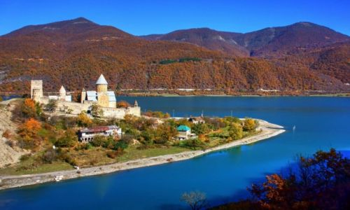 Zdjęcie GRUZJA / Mccheta-Mtianetia / Ananuri około 70 lm od Tbilisi / Ananuri