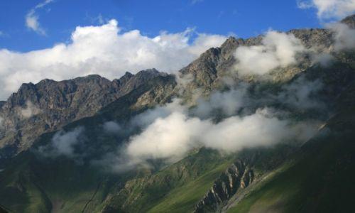 Zdjecie GRUZJA / Mtskheta-Mtianeti / Stepantsminda / Kaukaz