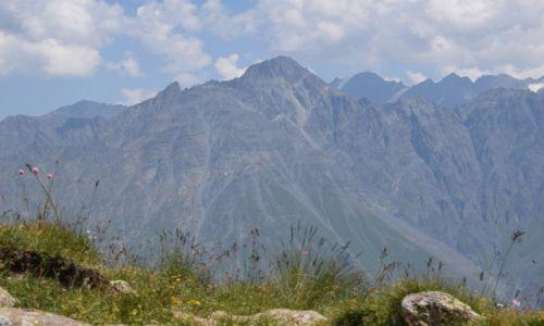 Zdjecie GRUZJA / Kaukaz / Stepancminda / Widok na gorę Shani