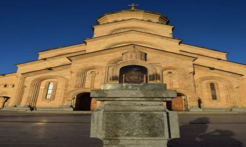 GRUZJA / Tbilisi / Tbilisi / Katedra Cminda Sameba