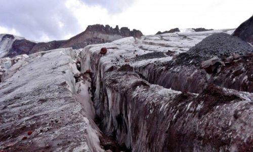 Zdjęcie GRUZJA / Mt. Kazbek / Lodowiec Gergeti / Droga prze z lodowiec Gergeti