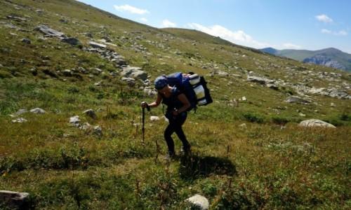 GRUZJA / G�ry Kaukazu / z Adishi 2678m n.p.m. / w drodze na Tetnuldi