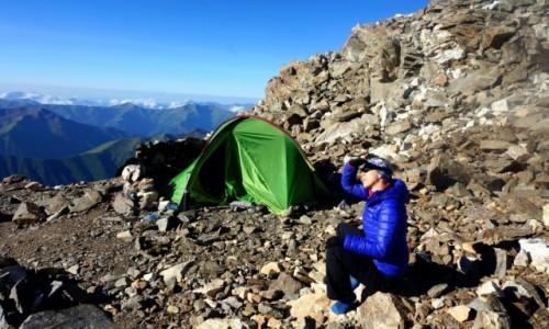 Zdjecie GRUZJA / G�ry Kaukazu / Kasebi Glacier 3715m n.p.m. / w drodze na Tet