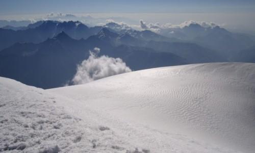 GRUZJA / Kaukaz / Kazbek / 5033 m n.p.m.