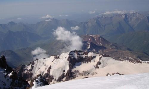 GRUZJA / Kaukaz / Kazbek / Ze szczytu.