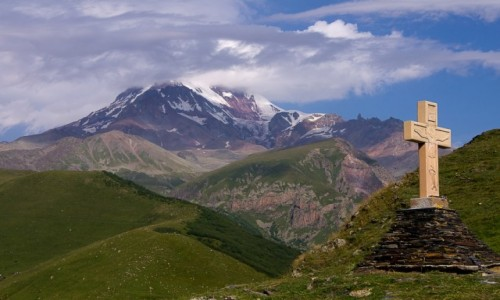 GRUZJA / Mccheta-Mtianetia / Kaukaz / Kazbek