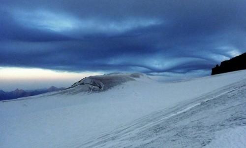 GRUZJA / Mt. Kazbeg / Maili plateau / Asperitas
