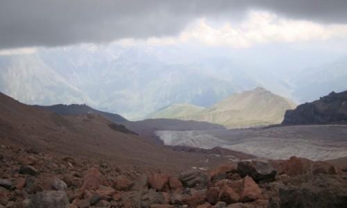 Zdjęcie GRUZJA / Wschodnia część Kaukazu / Kaukaz / Takie góry.