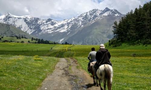 Zdjęcie GRUZJA / Kaukaz / Gruzja / Drzwi do Narnii...Tuszetia