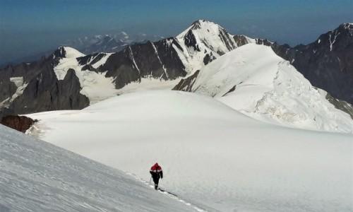 Zdjecie GRUZJA / Mccheta-Mtianetia / Mt. Kazbek / Maili plateau