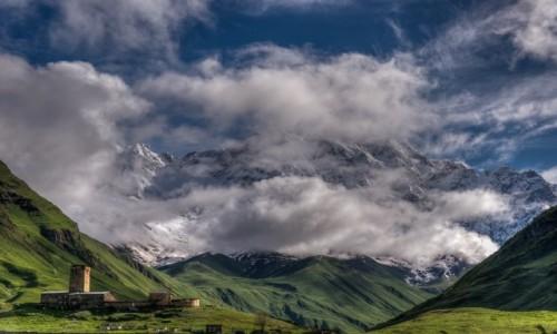 GRUZJA / Svanetia / Ushguli / z widokiem