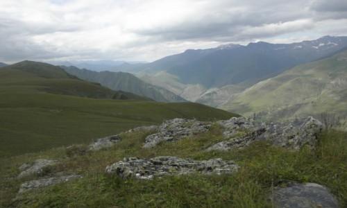 Zdjecie GRUZJA / Kachetia / Tuszetia / bezkres gór