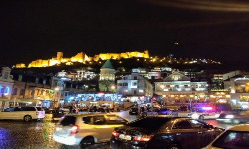 GRUZJA / Tbilisi / Tbilisi / Tbilisi nocą