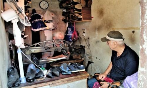 Zdjecie GRUZJA / Tibilisi / targowisko lub centrum miasta / Small biznes 3