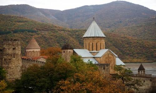 Zdjęcie GRUZJA / Mccheta-Mtianetia / Gruzińska Droga Wojenna / Forteca Ananuri