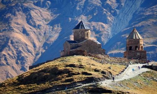 Zdjęcie GRUZJA / Mccheta-Mtianetia / okolice Stepancmindy (Kazbegi) / Cminda Sameba