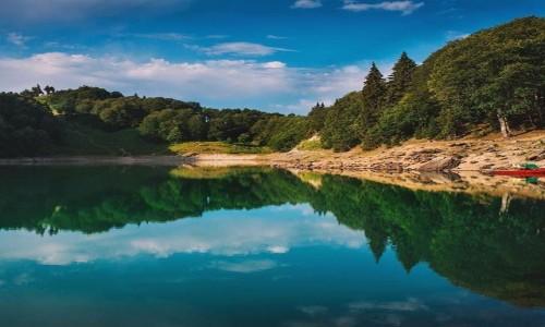 Zdjecie GRUZJA / ajara / goderdzi / zielone jezioro